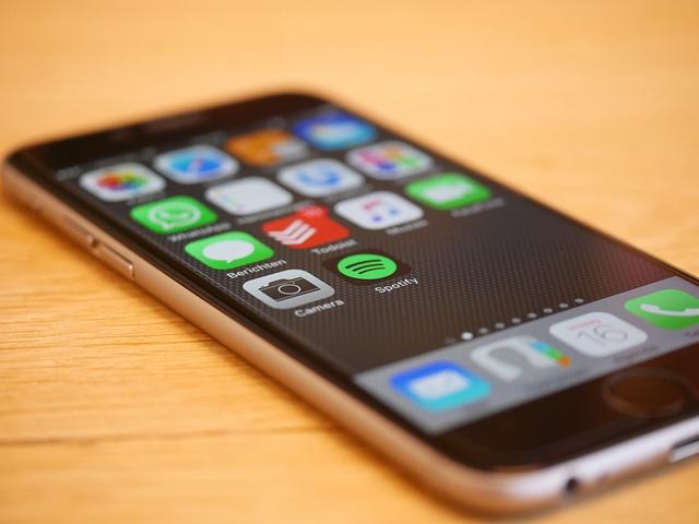 Das Smartphone ist heutzutage (fast) immer im Blick