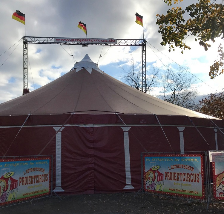 1. Ostdeutscher Pojektcircus André Sperlich - Zirkus